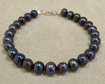 Dark Grey Pearl Bracelet, Freshwater Pearl Bracelet, Handmade, Beaded Bracelet, Black Pearl Bracelet, Grey Pearl Bracelet, Pearl Jewelry
