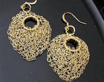 Tunisian Crochet leaf earring