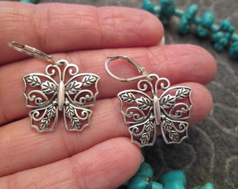 SALE>>>Lovely Sterling Silver Intricate Filigree BUTTERFLY EARRINGS>> so pretty>> New old stock, never worn