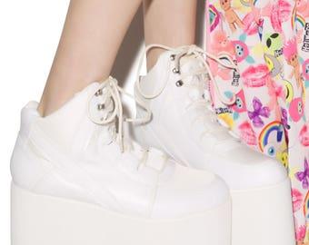 new YRU qozmo sky hi white platform sneakers boots dollskill alternative shoes