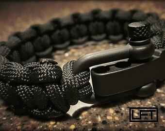 Paracord Bracelet   MIL-SPEC   Tactical   Survival   Emergency   EDC