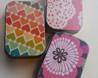Mini hinge tin trio . . . Pinkness