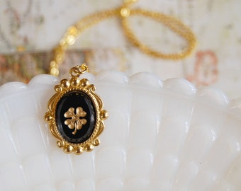 Lucky Clover vintage gold foil necklace - brass and gold plate