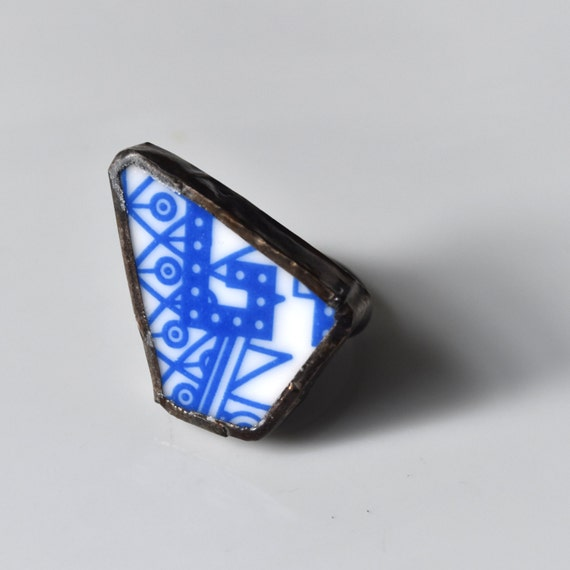 Broken China Ring - Blue and White