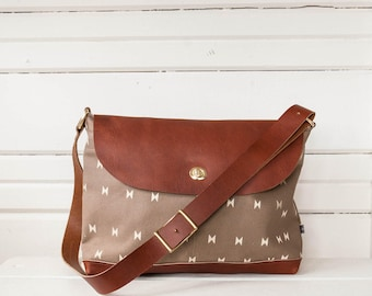 Messenger Bag-La Luz print