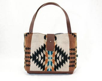 Free Shipping! Ann Tote—Rancho Arroyo Pattern In Rust
