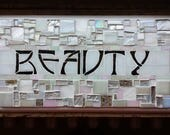 Beauty Sign in Pearlescen...