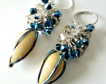 Lampwork Pod Earrings, Metaqllic Blue and Cream, Swarovski Crystal Clusters, Summer Jewelry, Beaded Jewelry, Beaded Earrings, OOAK