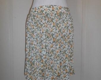 SALE 90s Vintage short floral semi sheer