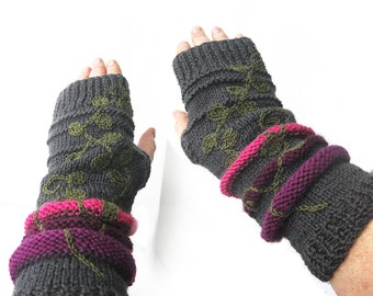Knit Fingerless Gloves, Wool Mittens, Wrist Warmers, Arm warmers, Fingerless Mitts, Embroidered Hand warmers, Grey Fingerless Gloves