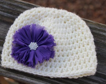 Crochet baby hat, Newborn photo prop, newborn baby hat, take home outfit,  Hat with flower, Ivory hat with purple flower