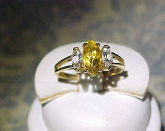 10K Yellow Gold and Yellow Topaz