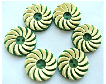 6 Vintage flowers buttons plastic 18mm, green with white, RARE