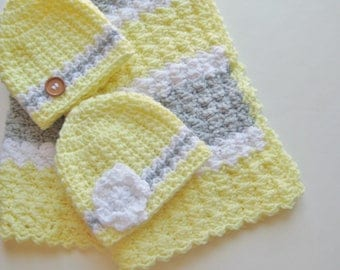 READY TO SHIP Crochet Baby Blanket, Baby Shower Gift Set, Baby Boy, Baby Girl, Travel Blanket,  Yellow & Gray Baby Blanket Set