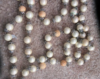 cream and yellow orange vintage necklace long strand
