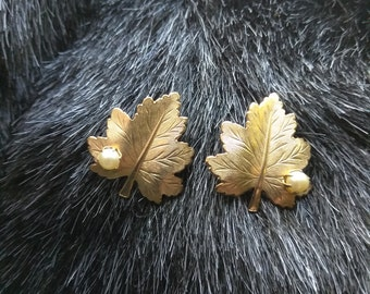 Vintage Sarah Coventry Maple Leaf and Faux Pearl Clip On Earrings