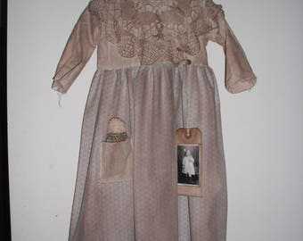 Primitive Prairie Child's Dress - Grubby and Grungy- Wall Decor