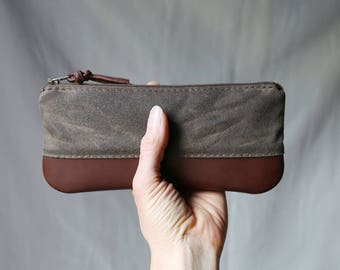 Pencil Pouch in Stone Waxed Canvas and Leather // Zipper Case
