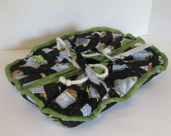 Casserole Carrier, 9X13, Large, Oval, Insulated, Hot or Cold Foods, Black , Kitchen, Pots and Pans,  Bridal Gift , Mother's Day ,