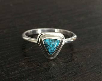 Simple little triangular turquoise ring, size 6.75 ready to ship