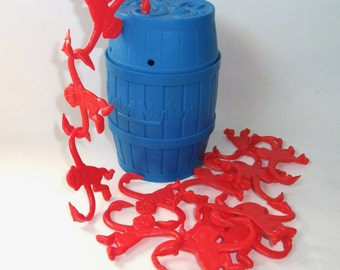 Vintage 1989 Milton Bradley Barrel of Monkeys toy