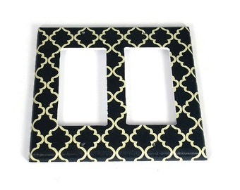 Double Rocker Light Switch Cover Wall Decor Switchplate  Switch Plate in Navy and Cream Quatrefoil  (257DR)