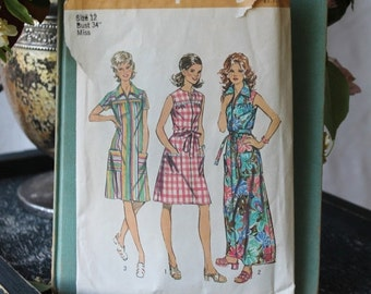 NEW YEAR SAVINGS Summer House Lounge Dress by Simplicity  pattern 5028 size 12