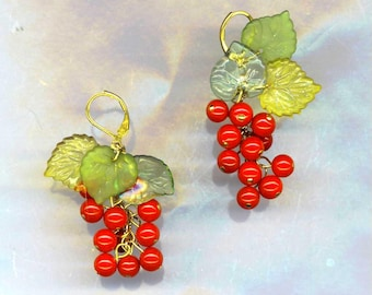 Red Currant Earrings, Red Fruit Earrings, Beaded Earrings, Fruit Earrings, Peridot Green Leaf, Red Valentine, Bunch Cluster, February Love
