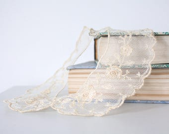 vintage. edwardian. steampunk. delicate. victorian. lace peter pan collar. cosplay. costume. romantic. handmade. feminine.
