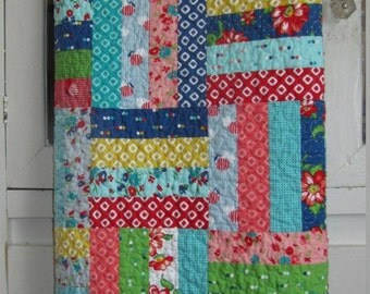 Dixie Baby Girl, Toddler, Crib Quilt - Allison Harris - Cluck Cluck Sew