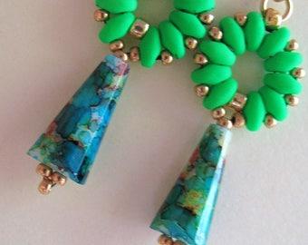 Neon Green Superduo Earrings, Lime Green Blue Spatter Paint Earrings, Funky Earrings, Funkadelic Green Blue Earrings, Hand Beaded Earrings