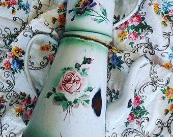 1930s French Floral Cafétéria