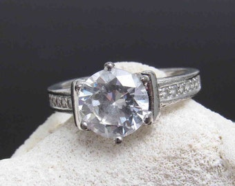 Sterling Solitaire Ring CZ Vintage Jewelry R7538