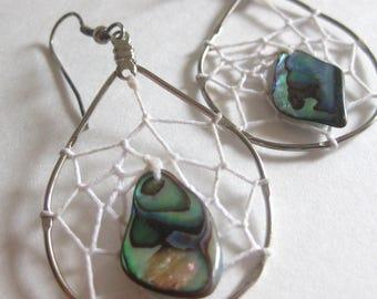 Wire Abalone String Pierced Earrings Silver Tone Vintage Drop Dangle