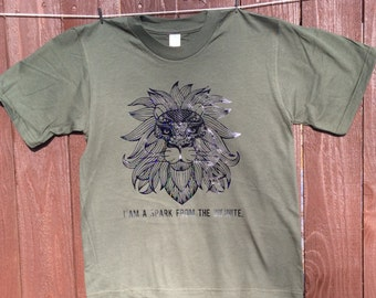 Infinite Spark Lion holographic XS GREEN Childrens organic shirt