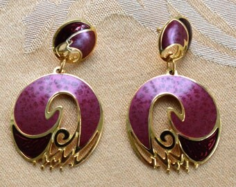 "Pretty Vintage Burgundy Enamel Dangle Hoop Pierced Earrings, ""Berebi"", 1980's (D12)"