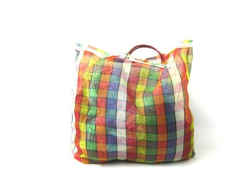 Large Vintage Tote Laundry Market Bag Nylon Plastic Tote Grocery Bag Plaid Red Orange Yellow Colored Reusable Carry All Travel Beach Bag GS