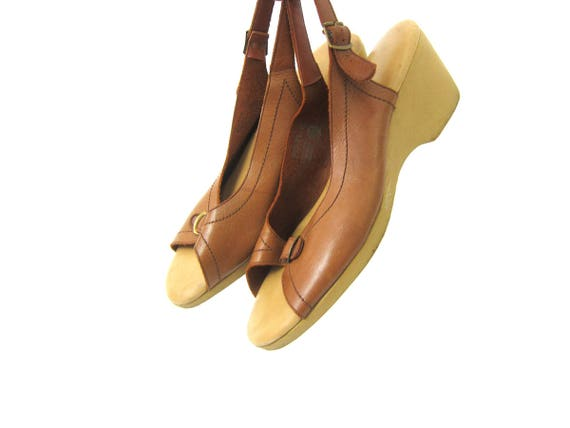 Brown Leather Sandals Vintage Open Toe Minimal Strappy Sandals Boho Summer Buckle Shoes Heels Womens sandals Size 9 9.5