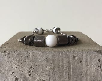 cube bracelet white & gunmetal