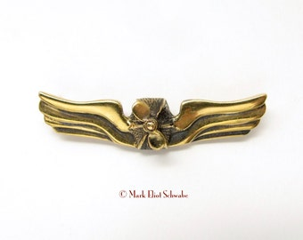 SteamPunk Airship Commanders Insignia interactive double tac Brass - the propeller spins