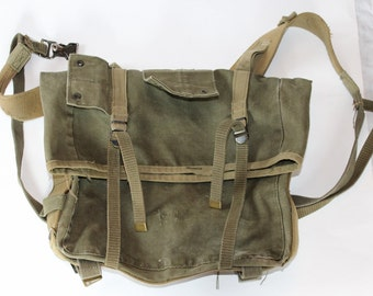 Vintage WWII Field Combat Military Backpack, Heavy Canvas, Dark Green
