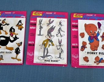 VINTAGE 1970'S Iron On Transfers for Fabric- Daffy Duck, Porky Pig, Bugs Bunny