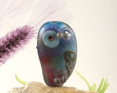 Whoo who to you , glass owl bead