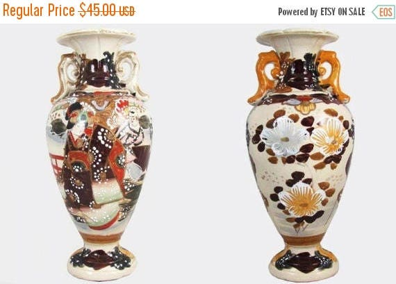 SPRING CLEANING SALE Vintage hand painted Japanese Satsuma earred urn vase flowers and geisha ceramic / pottery / Asian / Oriental / Japan /