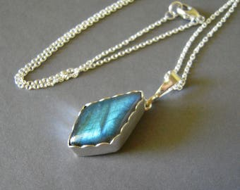 Labradorite Pendant Necklace, Labradorite Fine Silver Blue Flash Necklace, Unique Labradorite Hand Forged Pendant
