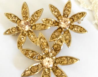 Vintage Signed Monet Champagne Pink Rhinestone Flower Cluster Pin Brooch