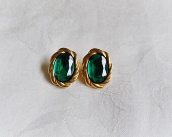 Elegant Green Gold Tone Clip On Vintage Oval Earrings