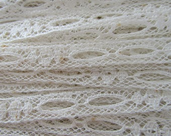 Wholesale Vintage Lace Off white Many yards not perfect