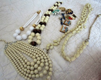 Vintage Costume Jewelry Lot for parts or repair 1 lbs. 10 pieces