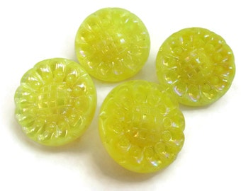 Flower Glass Vintage Buttons - 4 Antique 1940s Yellow 3/4 inch 19mm for Jewelry Beads Sewing Knitting